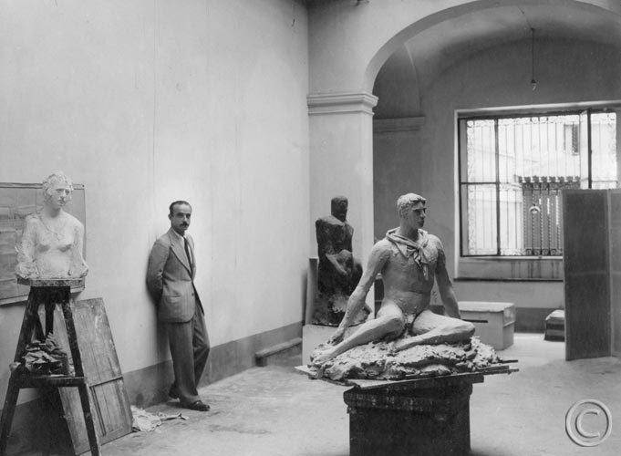 lucio fontana sculpture studio 1933